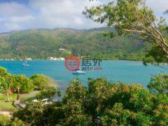 居外网在售洪都拉斯瓜納哈島的房产总占地445平方米USD 100,000