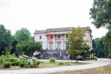 居外网在售罗马尼亚阿拉德总占地815000平方米的乡郊地产