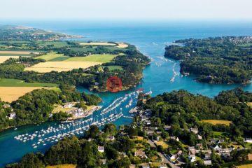 居外网在售法国16卧6卫最近整修过的房产总占地22000平方米