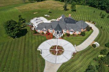 居外网在售美国摩斯伦希尔5卧8卫的房产总占地12平方米USD 3,500,000
