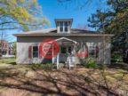 美国北卡罗莱纳州卡尔伯罗的独栋别墅,400 N Greensboro Street,编号58566424
