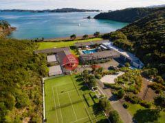居外网在售新西兰13卧12卫的房产总占地102190000平方米