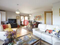 居外网在售葡萄牙Cascais3卧3卫的房产总占地144平方米EUR 545,000