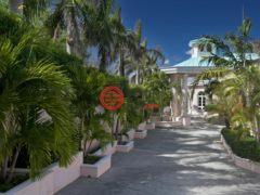 居外网在售美属维京群岛6卧6卫的房产总占地4249平方米USD 8,900,000