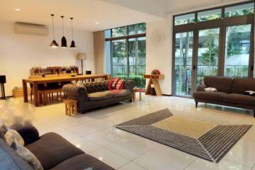 居外网在售马来西亚3卧4卫局部整修过的房产总占地123平方米MYR 2,900,000