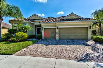 美國房產房價_佛羅里達州房產房價_邁爾斯堡房產房價_居外網在售美國邁爾斯堡3臥3衛原裝保留的房產總占地237平方米USD 500,000