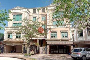居外网在售中国香港7卧5卫最近整修过的房产总占地818平方米HKD 268,000,000
