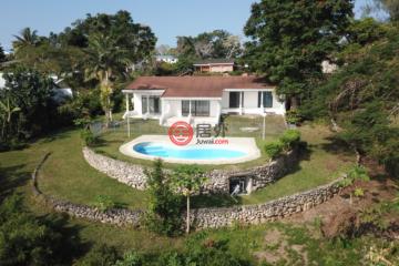居外网在售瓦努阿图4卧2卫原装保留的房产总占地1651平方米VUV 38,000,000