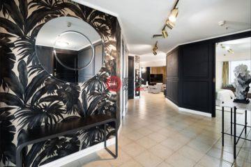 居外网在售澳大利亚3卧2卫曾经整修过的房产总占地220平方米