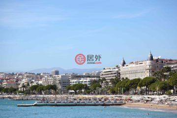 居外网在售法国CannesEUR 880,000总占地148平方米的商业地产