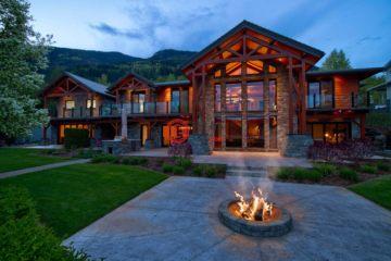 居外网在售加拿大St. Ives4卧4卫的房产总占地4330平方米CAD 3,280,000