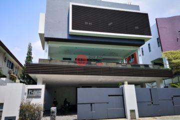居外网在售马来西亚8卧10卫特别设计建筑的房产总占地675平方米MYR 9,800,000