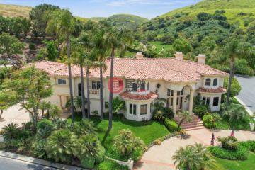 居外网在售美国6卧8卫特别设计建筑的房产总占地2926平方米USD 3,889,888