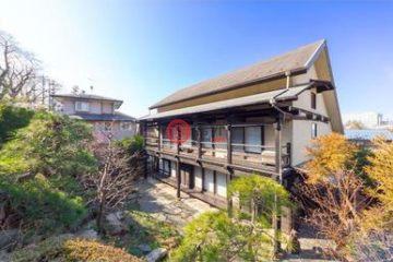 居外網在售日本6臥1衛原裝保留的房產總占地327平方米JPY 84,800,000