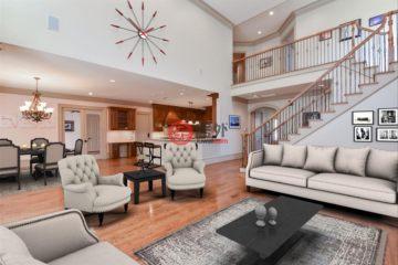 居外网在售美国5卧6卫最近整修过的房产总占地845平方米USD 1,550,000